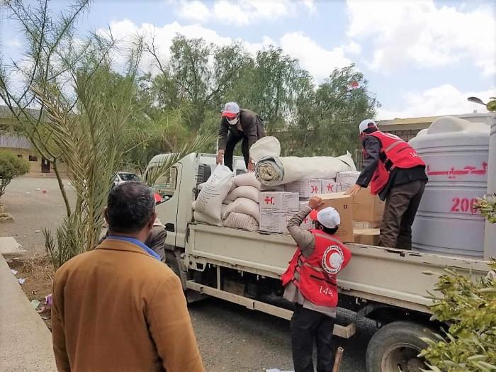 الصليب الأحمر: معونات لنزلاء مراكز الحجر الصحي بصعدة
