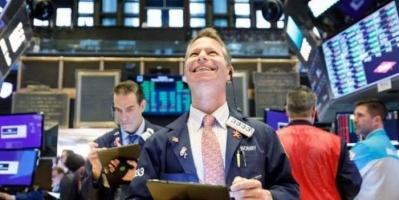 الأسهم الأمريكية تصعد مجددا بدعم آمال التحفيز