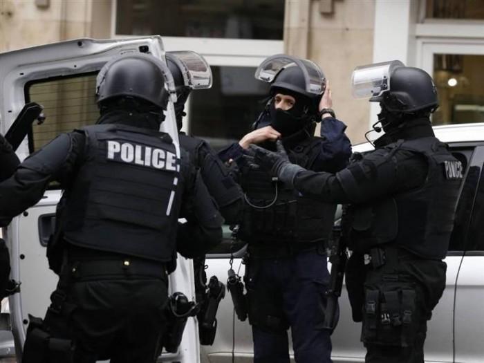 تسجيل أول وفاة بفيروس كورونا بين أفراد الشرطة الفرنسية