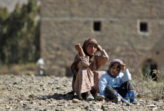 إعصار في مناطق الحوثي.. قنبلة كورونا تفجّر موجة ارتفاع أسعار