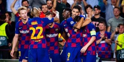 الأزمة تتفاقم بسبب كورونا.. برشلونة يرفض الانصياع لرغبة ميسي ورفاقه