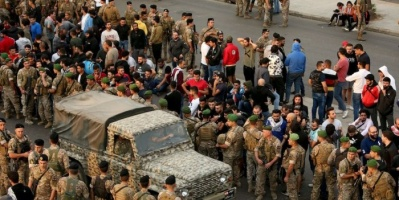 الجيش اللبناني يفرض حظر التجول ويدعو المواطنين للالتزام