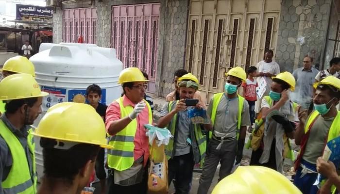 حملة لتوعية عمال مشروع حي المستشفى بردفان من كورونا