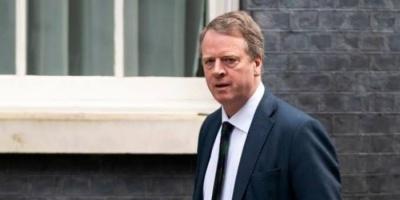 أنباء حول إصابة وزير الدولة البريطاني لشؤون اسكتلندا بفيروس كورونا