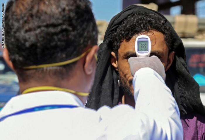 الأزمات الدولية: كورونا يستوجب هدنة فورية باليمن وليس مفاوضات