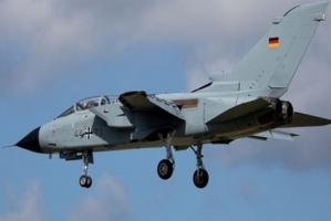 طائرة عسكرية ألمانية تنقل مرضى كورونا من إيطاليا للعلاج