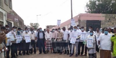 توعية أهالي خنفر بخطر فيروس كورونا (صور)