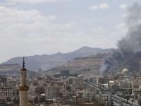 انفجارات عنيفة في صنعاء وتحليق لطيران التحالف