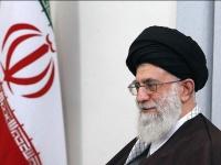 «تويتر» تُجمّد حسابات المرشد الإيراني علي خامنئي