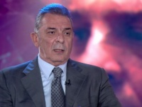 """بالفيديو.. محمود حميدة يتحدث عن فيلمه الجديد """"الغسالة"""""""
