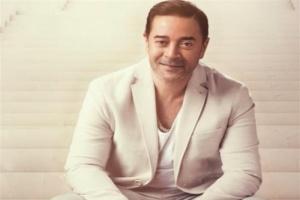 """الأحد.. مدحت صالح يحيي حفلًا على """"يوتيوب"""" بسبب حظر فيروس كورونا"""