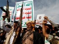 صحيفة الرياض: الإرهاب الحوثي دليل على التهديد الإيراني