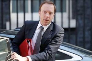 وزير الصحة البريطاني: ذروة تفشي فيروس كورونا ستحدث قريبا