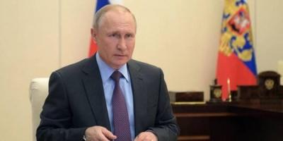 بوتين: يجب الإبقاء على إجراءات العزل الصحي حتى شهر مايو