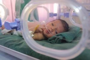 مأساة اليمن الصحية.. جهود دولية لاستئصال سرطان الحرب الحوثية