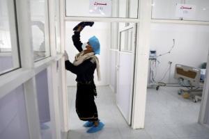 العرب اللندنية: فيروس كورونا كشف غياب الحكومة اليمنية
