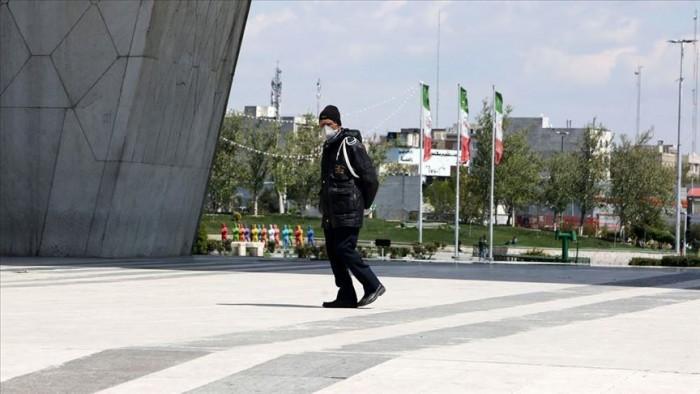صحفي: إجراءات حكومة إيران لن تنجح في مكافحة وباء كورونا