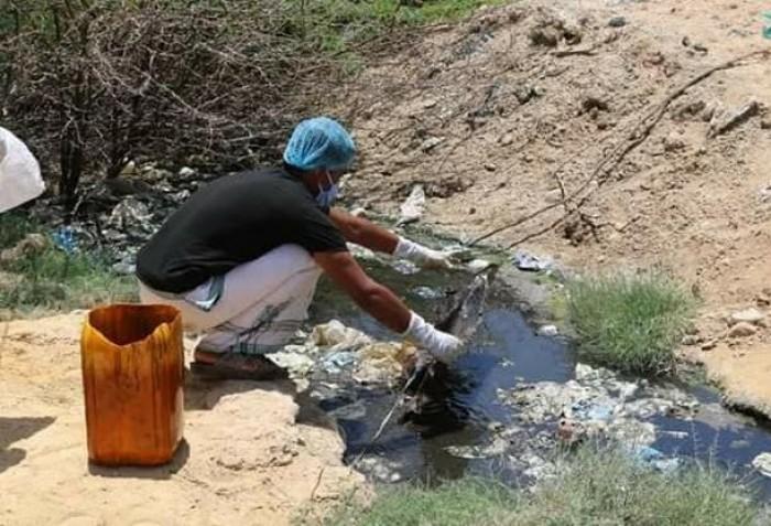 حملة لرش المستنقعات في الديس الشرقية