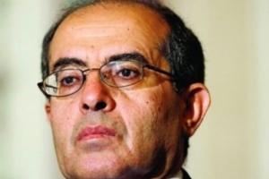 وفاة رئيس الوزراء الليبي السابق في القاهرة جراء إصابته بكورونا