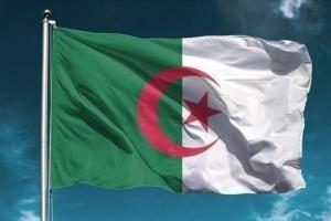 الجزائر تطالب باتفاق فوري وشامل لخفض إنتاج النفط