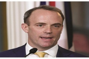 وزير الخارجية البريطاني: جونسون سيواصل مهامه الحكومية من المستشفى
