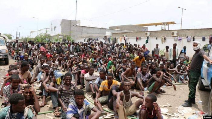 المهاجرون الأفارقة.. ورقة الحوثي لتهديد السعودية ونقل كورونا إلى اليمن