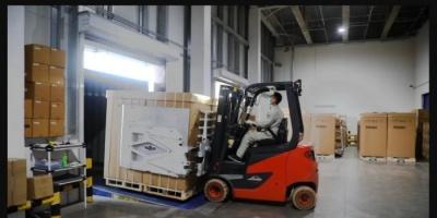 لدعم حملات التطعيم.. الإمارات توفر 2000 ثلاجة لقاح لليمن
