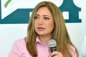 ليلى علوي تنعي زوجها السابق منصور الجمال