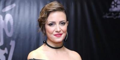 ريهام عبد الغفور تبعث رسالة شكر لأطباء مصر (فيديو)
