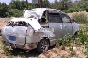 انقلاب سيارة وإصابة سائقها في تبن