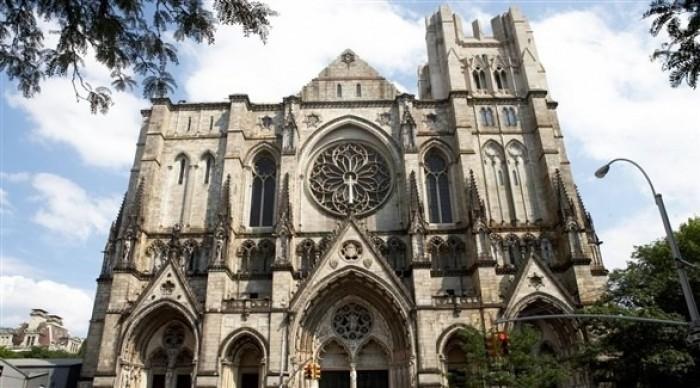 عقب تحولها لمشفى.. كنيسة سانت جون بأمريكا تساهم في محاربة كورونا