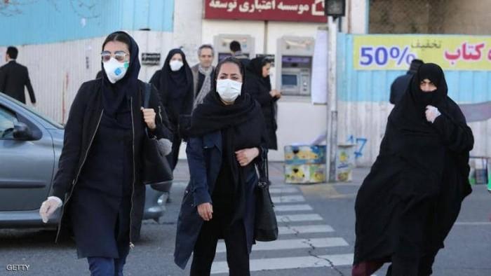 إيران.. نقل 50 سجينًا إلى المستشفى بعد إصابتهم بـ«كورونا»