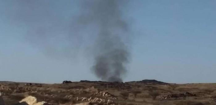 التحالف يقصف عربة عسكرية للمليشيات بجبهة قانية في البيضاء