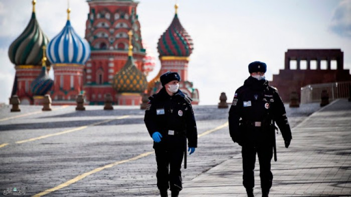 روسيا تسجل 8672 إصابة بكورونا و63 حالة وفاة