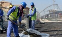 إذاعة فرنسية تشن هجومًا على النظام القطري وتتهمه بتعريض العمالة للإصابة بكورونا