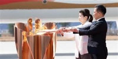 اليابان توقف عرض الشعلة الأولمبية بالقرب من محطة فوكوشيما النووية