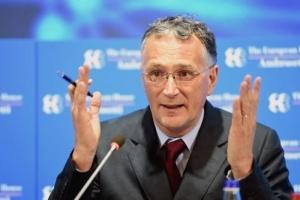 """استقالة رئيس مجلس الأبحاث الأوروبي احتجاجًا على طريقة التعاطي مع """"كورونا"""""""