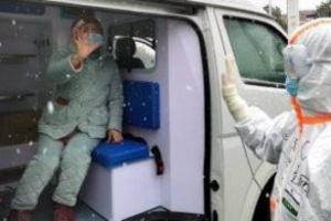 بريطانيا تسجل 881 وفاة في يوم واحد بفيروس كورونا