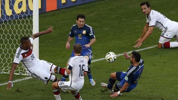 الكرة في زمن الكورونا.. أكثر من مليون ونصف مشاهد يتابعون إعادة نهائي مونديال 2014