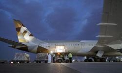 الإمارات ترسل طائرة مساعدات إلى قبرص لدعمها في مكافحة كورونا (صور)