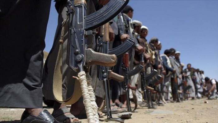 """الحوثي وصفقة """"الجنائيين"""".. سجناء من الزنزانة إلى الجبهة"""