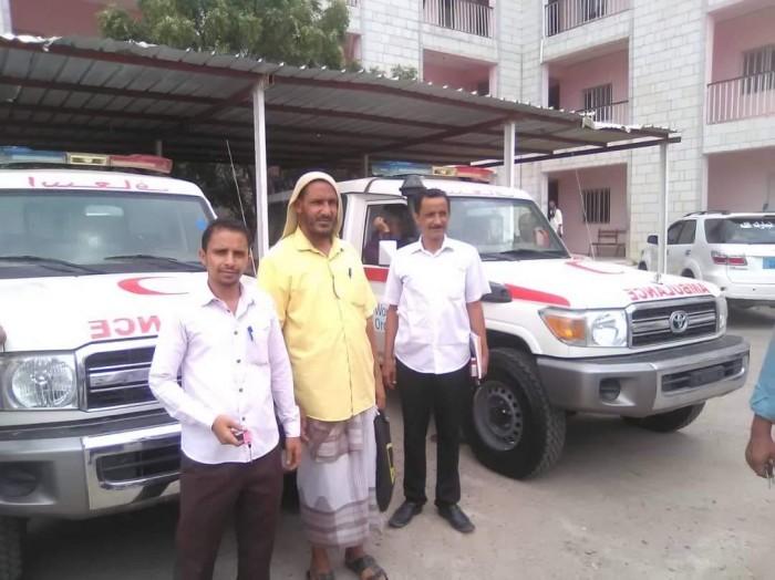 سيارة إسعاف لمستشفى حالمين