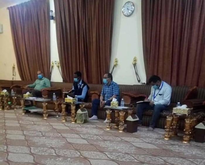 """محافظ حضرموت يطالب """"الصحة العالمية"""" بدعم لمواجهة كورونا"""