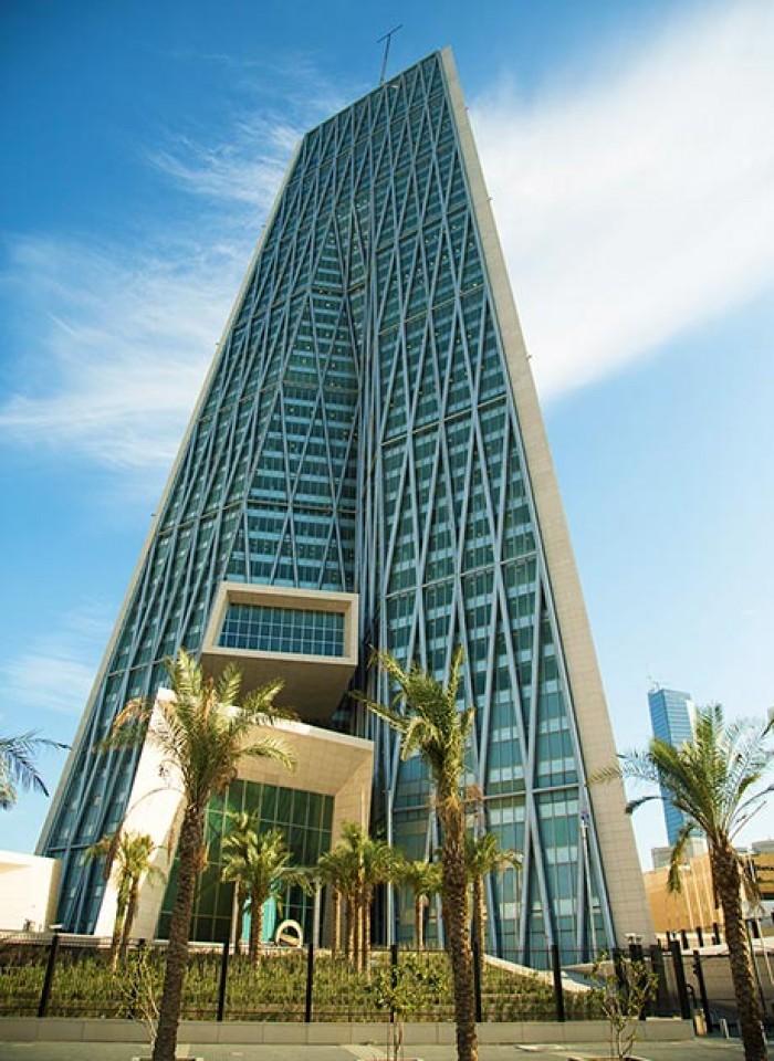 بنك الكويت المركزي يوجه البنوك بتأجيل استحقاقات العملاء المتضررين من كورونا