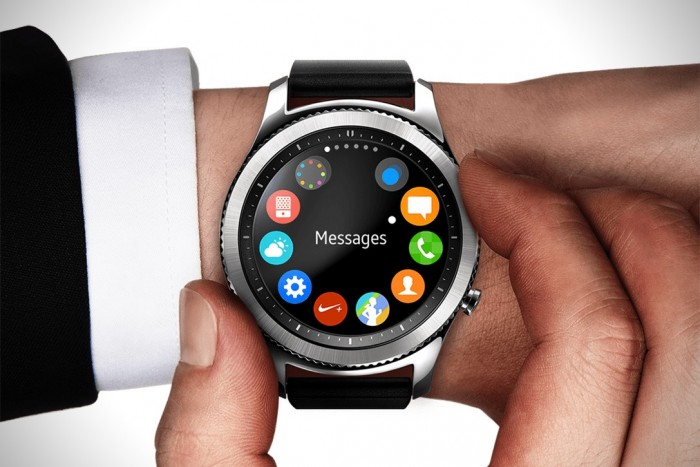 سامسونج تطلق تطبيق بساعات Galaxy Watch لمكافحة كورونا.. تعرف عليه