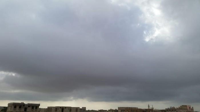 أمطار في عدن وانتشار للسحب بحضرموت والمهرة