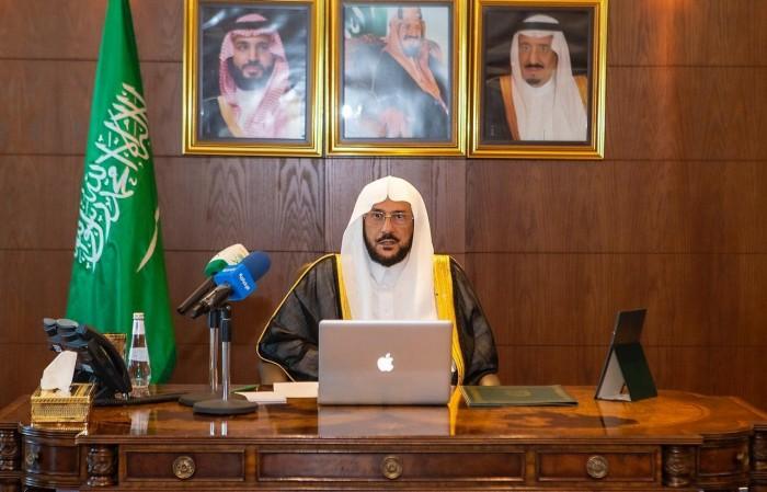 السعودية: ترجمة فورية لصلاتي التراويح والقيام بالحرمين للغة الإنجليزية والفرنسية