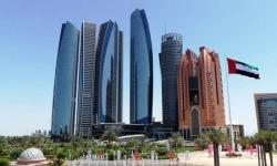 أبوظبي تُعلن فتح المراكز التجارية بطاقة استعابية 30%