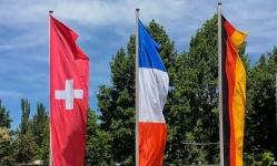 ألمانيا وفرنسا والنمسا يصدرون بيانا مشتركا لرفض التدخل في ليبيا