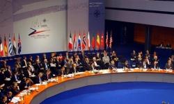 اليونان تُعلن فقدان مروحية تابعة للناتو بالبحر المتوسط